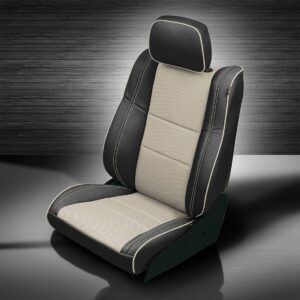 Jeep Grand Cherokee White and Black Leather Seats